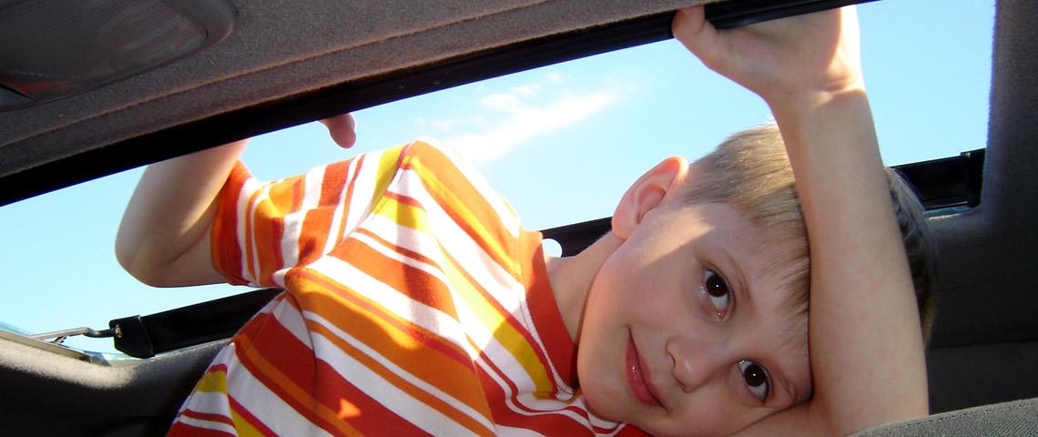 Relaxt op autovakantie met kinderen doe je zo